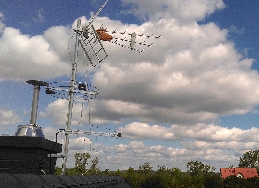 antena 1100x800